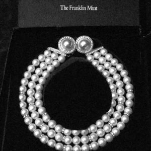 Pearl and Austrian Crystals Necklace and Earrings